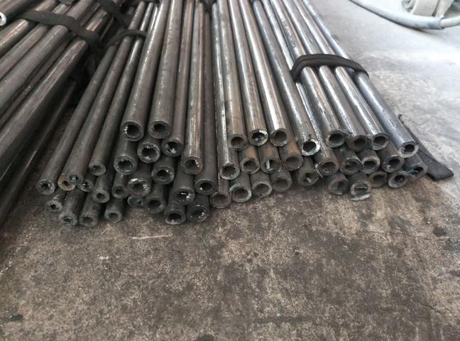 Phân loại theo chất lượng của thép khi sử dụng