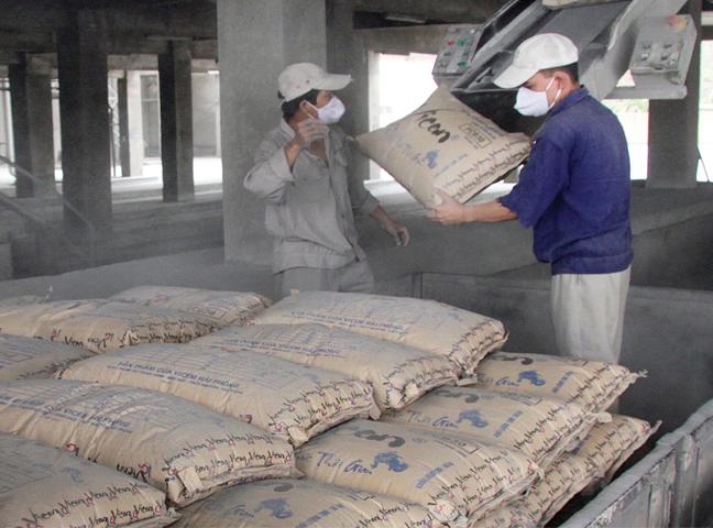 công ty cung cấp xi măng xây dựng tại TPHCM
