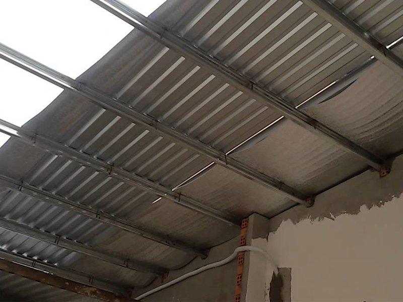 So sánh tôn kẽm và tôn lạnh sử dụng lợp mái
